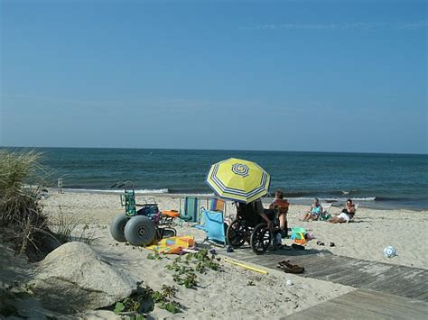 wheelchair accessible beaches  cape  ma