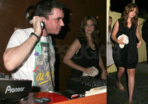 Mandy And Dj Am Out by Mandy And Dj Am Reunite In The Htons Popsugar