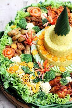 Teh Jawa Kuning yellow rice bento nasi kuning manado ala