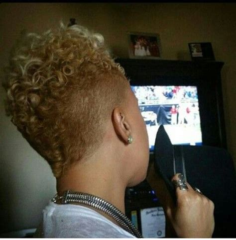 tapered mohawk for women 124 best barber cuts for black women images on pinterest
