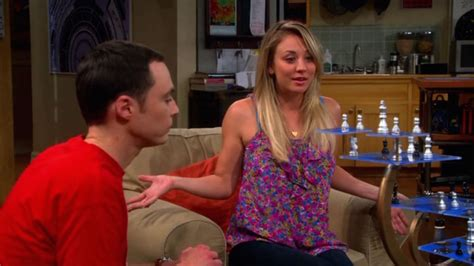 is penny from big bang theory going to grow her hair back big bang theory penny plays computer game ussky