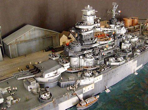 Easy Model 1 700 War Ship Dkm U Boat Type Viib Finished model warships