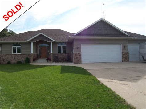 hutchinson mn homes for sale hometown realty