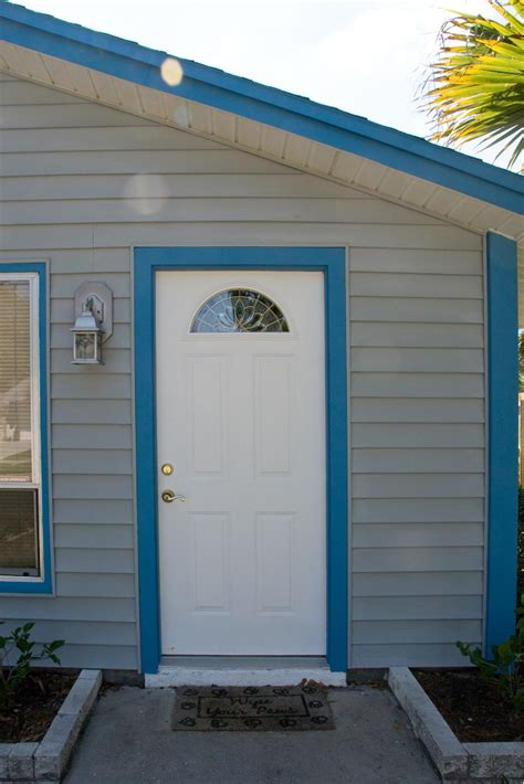 accent door colors door and trim colors what to accent your home color coach