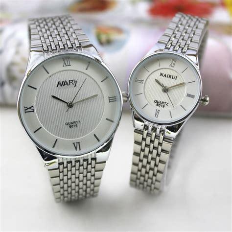 Jam Tangan Wanita Guess Rantai Silver 4 nary jam tangan analog wanita stainless steel 6019 white silver jakartanotebook