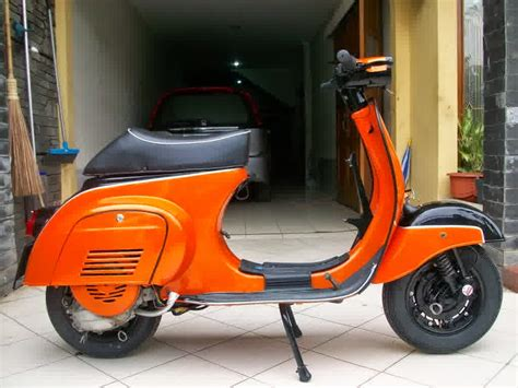 Modifikasi Vespa Px Exclusive by Modifikasi Motor Vespa Free Modifikasi Motor