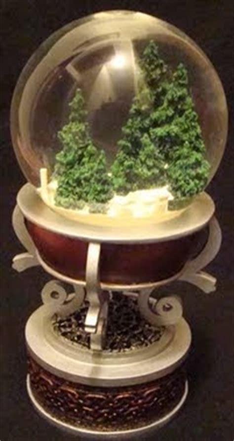 the santa clause snow globe replica disney snowglobes collectors guide the santa clause snowglobe