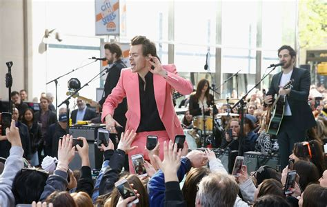 stage dive harry styles tries and fails stage dive during secret gig