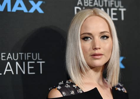 celebrity hollywood stars 7 celebrities who live like normal middle class people