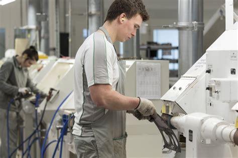 bentley apprenticeship bentley launches 2018 future talent caign zenoot
