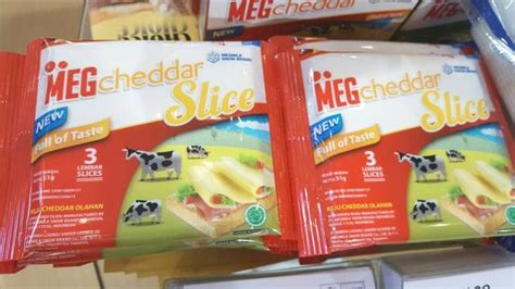 Meg Cheddar Slice 8 S 136g sial interfood 2016 new megcheddar slice from snow brand