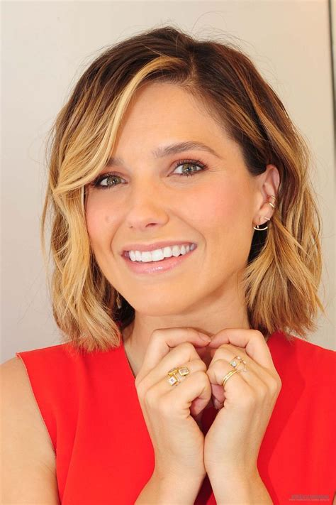 chicago short women haircuts 168 best images about sophia bush on pinterest actresses