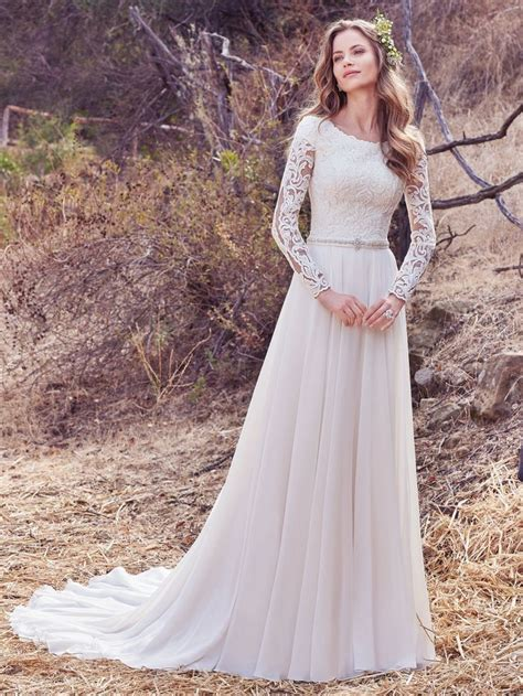 45 best wedding dress and gowns how to choose fall wedding dresses and accessories the