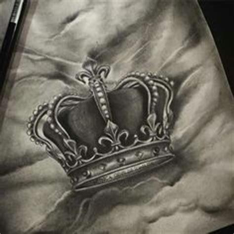 queen tattoo flash grey queen crown tattoos designs jpg 520 215 520 tattoo
