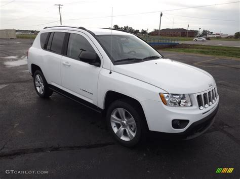 jeep compass sport white bright white 2013 jeep compass sport exterior photo