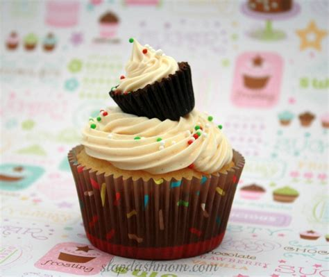 cupcake recipe vanilla cupcake with peanut butter frosting