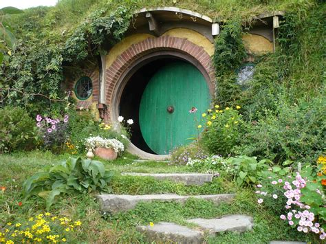 hobbit hole 301 moved permanently