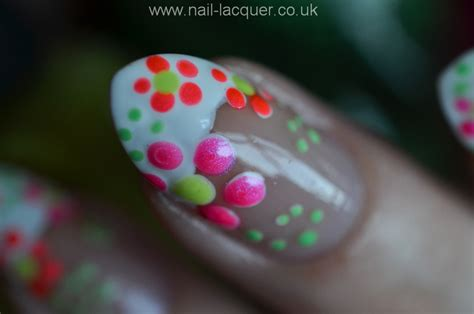 nail art tutorial uk easy flower nail art tutorial www imgkid com the image