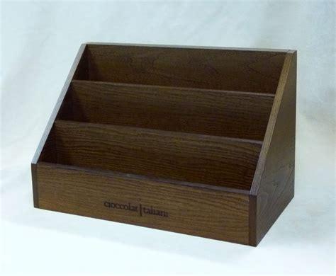 espositori da banco personalizzati espositori da banco in legno personalizzati