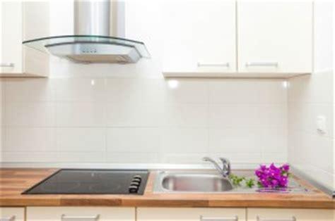comparatif cuisine prix d une hotte de cuisine et co 251 t d installation
