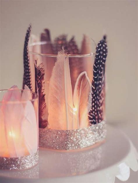 windlicht basteln glas windlichter basteln glas dekoriert mit federn und