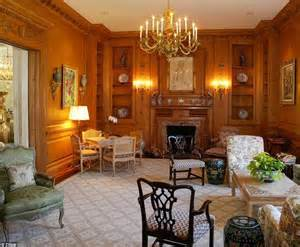 how many bedrooms does a mansion have fairholme estate owned by annenberg publishing heir sells