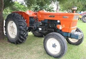 Tractor Fiat File Fiat 650 Tractor 12404750033 Jpg
