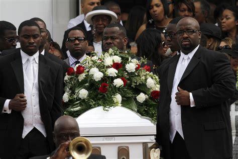 Ushers Dies In Atlanta by Photos Photos Kile Funeral Service
