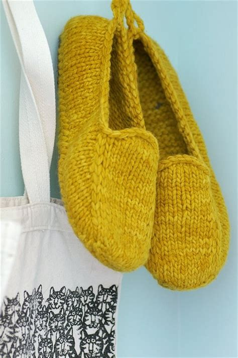 1000 images about socks and slippers on pinterest 1000 images about knit crochet socks slippers on