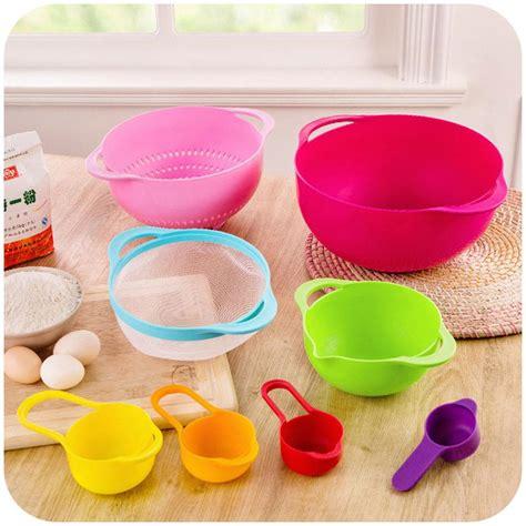 Sale Sendok Dan Cup Takar Plastik 1 Set Isi 11 Buah Aneka Ukuran mangkuk ukur 8 in 1 menakar bahan kue jadi lebih mudah dan gang harga jual