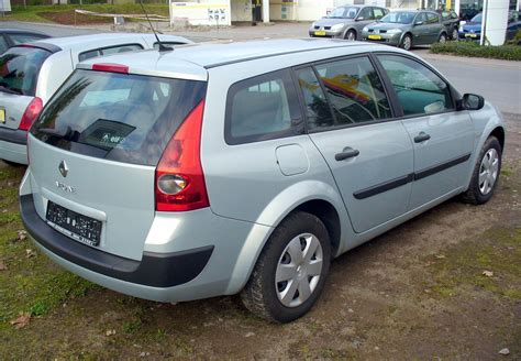 renault megane 1 9 dci grandtour photos and comments www