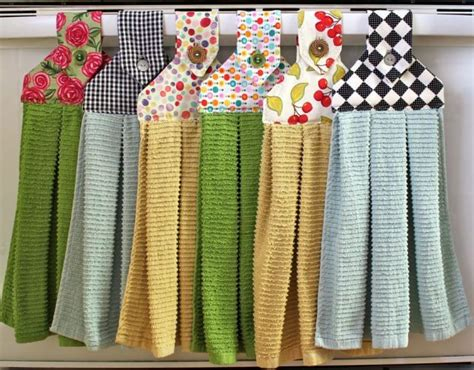 kitchen towel craft ideas hanging dish towels craft ideas towels