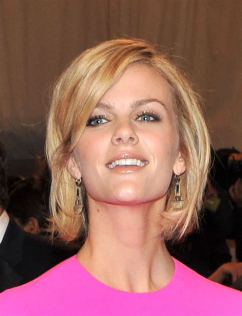 savage look haircut more pics of brooklyn decker bob 2 of 6 bob lookbook