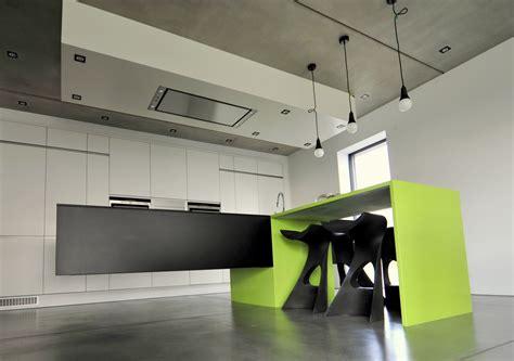 cuisine suspendu trendy cuisine design avec ilot suspendu with cuisine