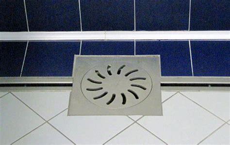 docce uomini sistemi di drenaggio acciaio inox inox produzione
