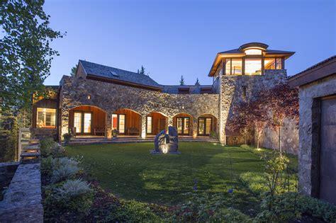 see oprah winfrey s new 14 million colorado mansion