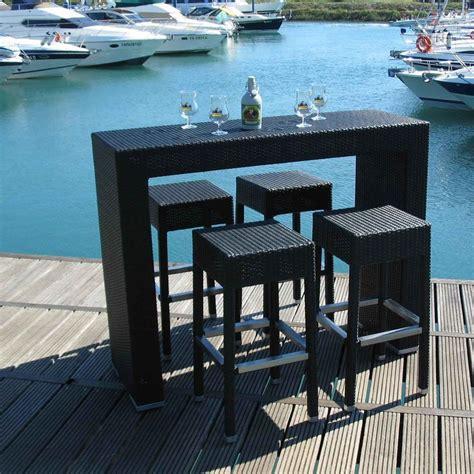 tavolo alto con sgabelli ar bt2 per bar e ristoranti tavolo alto per bar e