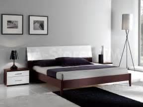 Flat Platform Bed Frame Furniture Wooden Walnut Flat Size Platform Bed Frame With Drawer Trundle Flat