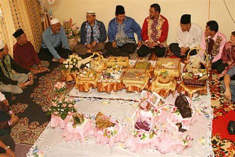 hadiah tetamu majlis perkahwinan orang melayu adat perkahwinan melayu 101 merisik