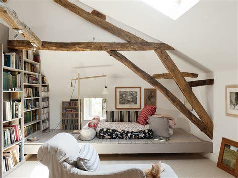 Fausse Poutre Plafond by Plafond Combles Meilleures Images D Inspiration Pour