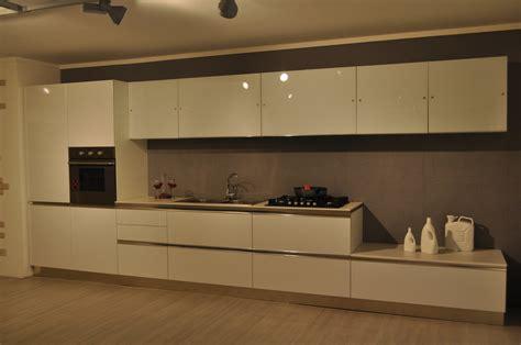 Cucina 4 Metri by Cucina Moderna Mt 4 80 Cucine A Prezzi Scontati