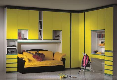 mensole gialle camerette ikea a ponte la scelta giusta 232 variata sul