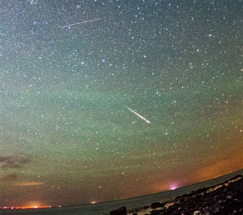 Meteor Shower Tonight August 12 by Perseid Meteor Shower Set To Become A Meteor
