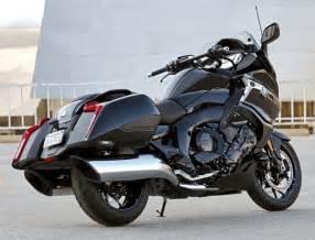 Bmw K1600 2017 Bmw Motorrad K1600 B Makes Us Debut In Ohio