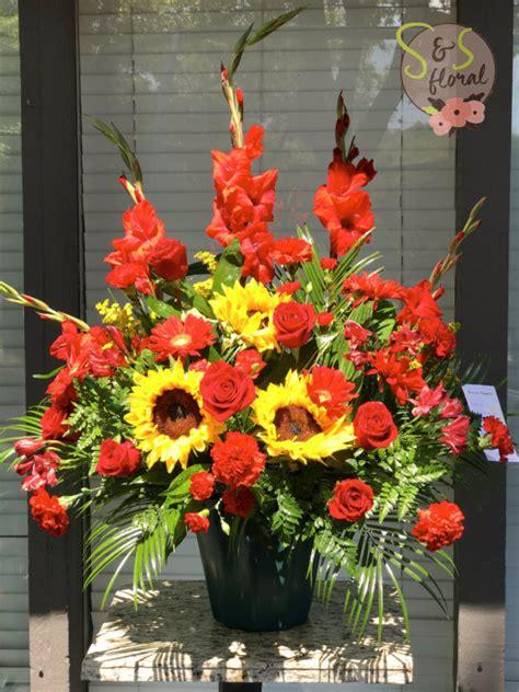 Sympathy Arrangements by Sympathy Arrangement S S Floral