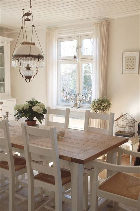 25 best ideas about country dining rooms on