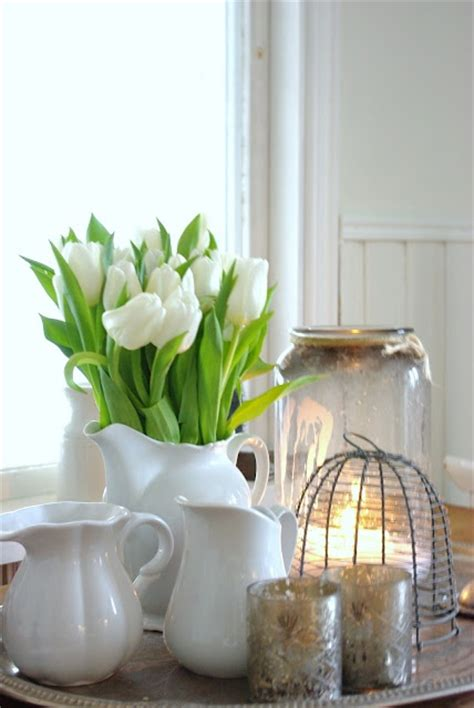 how to incorporate tulips into your spring d233cor 49 ideas