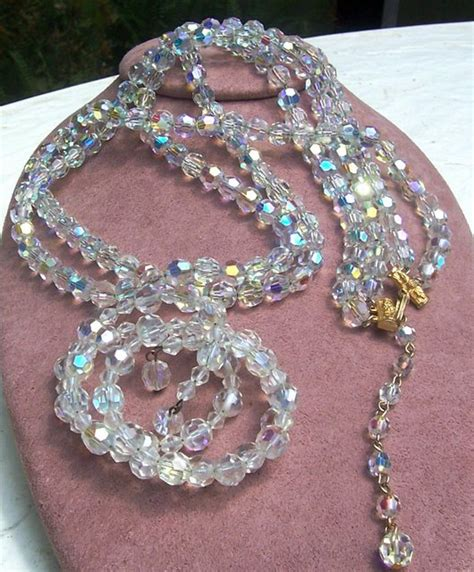 how to make costume jewelry learn how much your vintage costume jewelry is worth