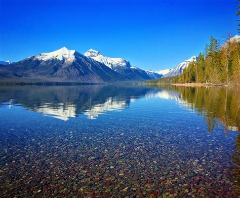 lake mcdonald montana colored rocks lake mcdonald glacier national park montana 3662x3024