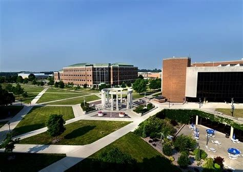 Of Illinois Springfield Mba Fees by 30 Best Value Colleges And Universities In Illinois Best